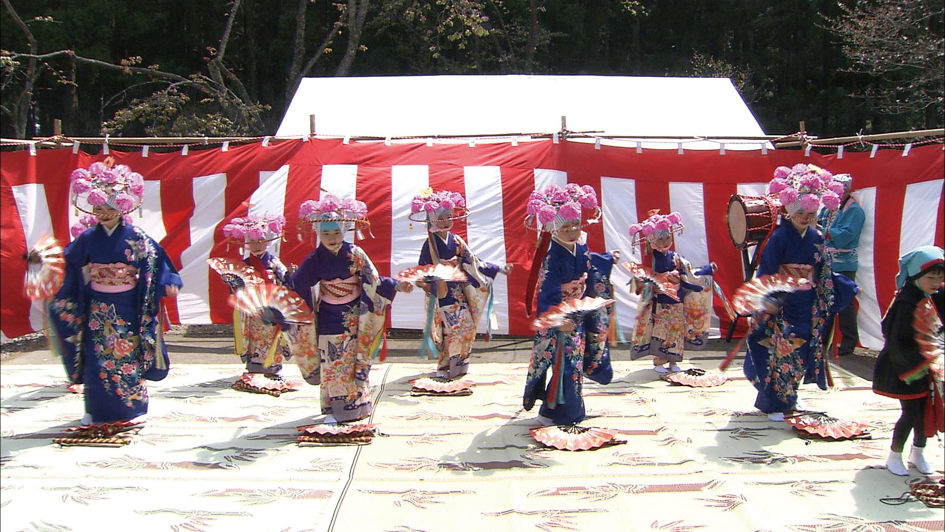 No.010197 田植え踊り