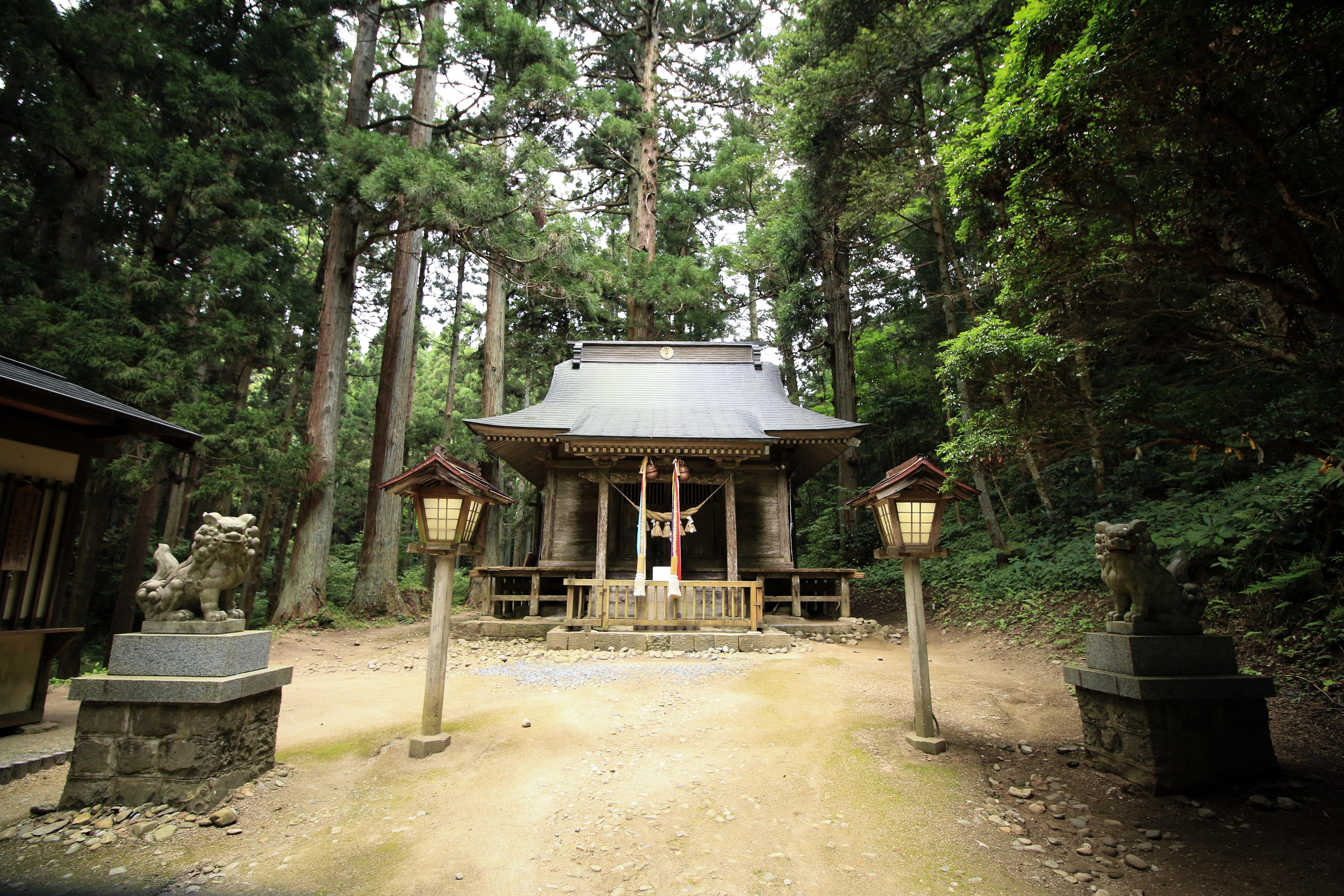 No.320005 黄金山神社