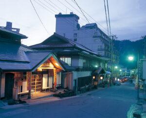 No.130139 鳴子温泉街